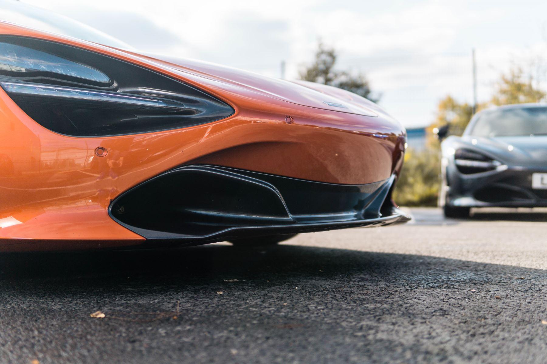 McLaren 720S V8 2dr SSG PERFORMANCE image 10